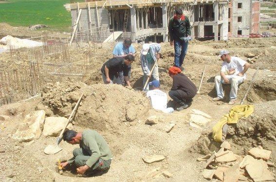 Découverte d'une nécropole romaine à Guelma - Ad Villam Servilianam refait surface dans Archéologie necropole-cuelaat-bou-sbaa